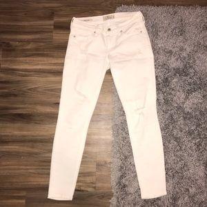 NWOT Lucky Brand white Charlie Capri skinny jeans